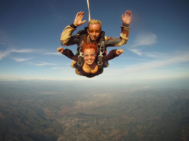 Baptême de saut en parachute en tandem à Tallard