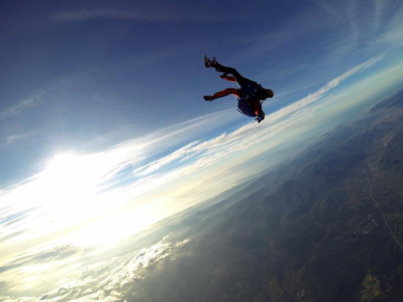 Saut en parachute en tandem à Ales