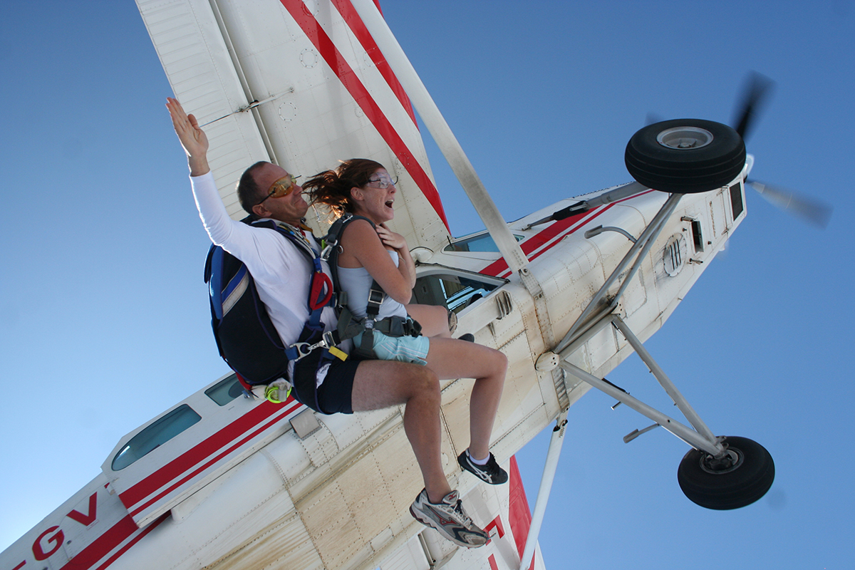 Quels sont les tarifs d'un saut en parachute tandem ?