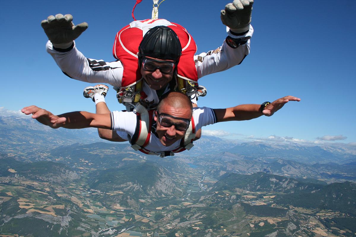 Quel est le prix d'un saut en parachute ?