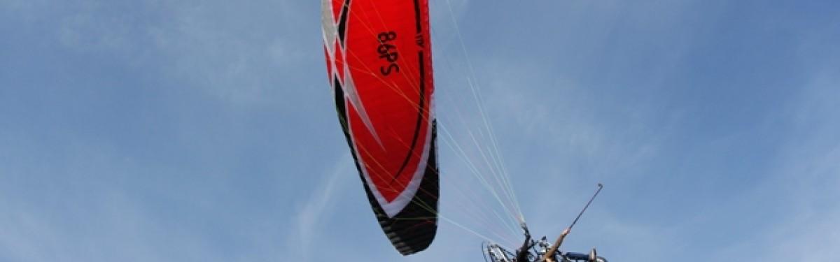 Vol en parapente motorisé de 30 minutes à St Maximin La Sainte Baume (83) Produit - Atlas Parachutisme