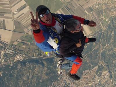 Saut en parachute tandem Avignon-Pujaut Produit - Atlas