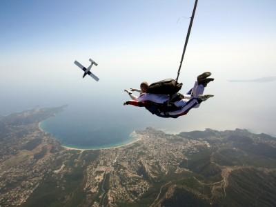 Saut en parachute tandem Saint-Tropez Produit - Atlas